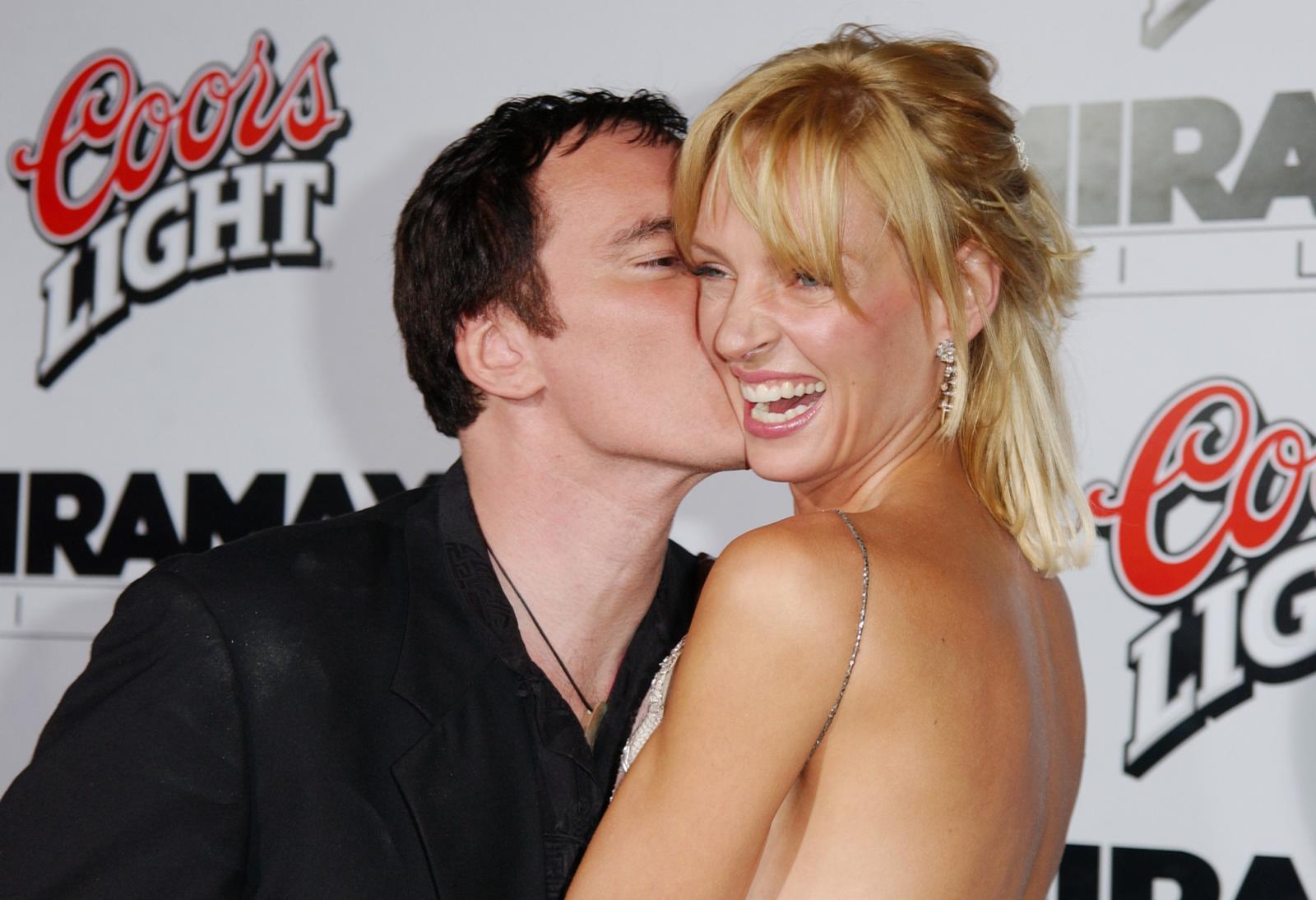 accuse a Tarantino: qui il regista bacia Uma felice