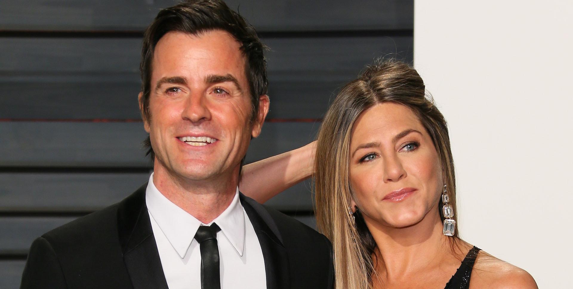 Jennifer Aniston e Justin Theroux fotografati in primo piano. La coppia sta divorziando.