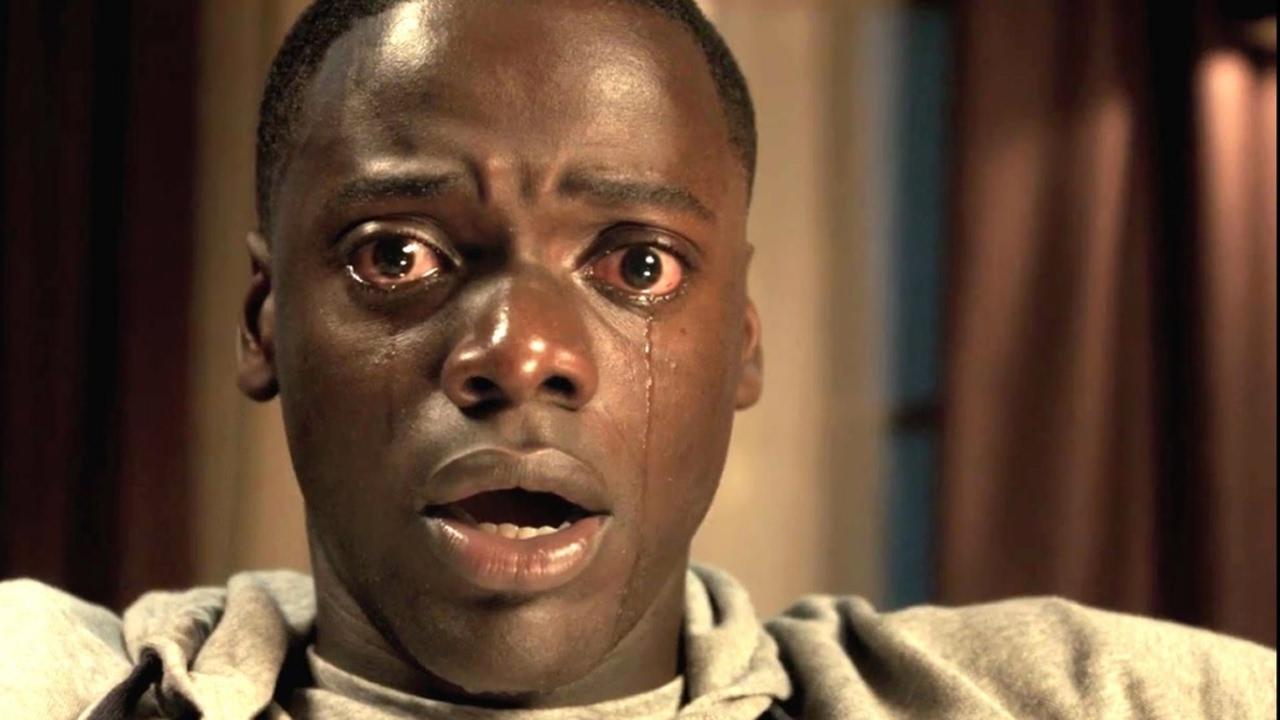 Il protagonista di Get Out nell'iconico primo piano in cui piange a bocca spalancata