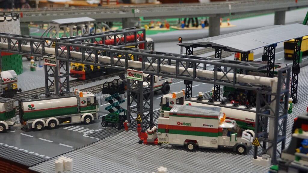 Model Expo Italy lego autoambulanza