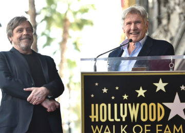 Carrie Fisher ricordata da Mark Hamill e Harrison Ford, qui sorridenti alla Hollywood Walk of Fame