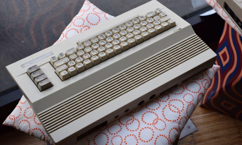 commodore-64 real commodore 64 mini