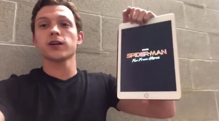 Tom Holland spoilera il titolo di Spider-Man: Far From Home